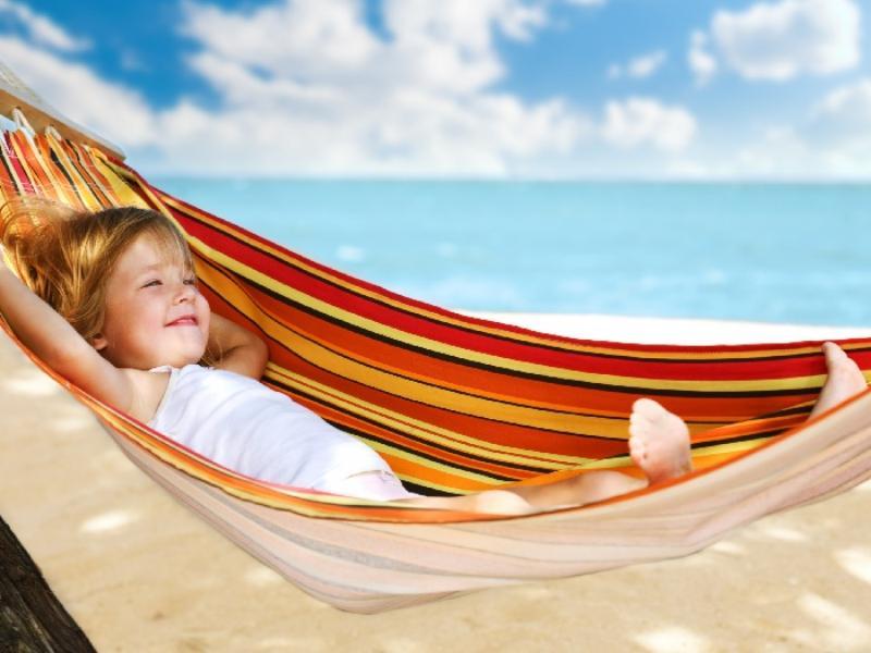 Куда поехать отдыхать с ребенком в августе
