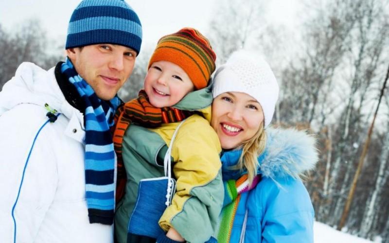 Куда поехать с детьми в январе